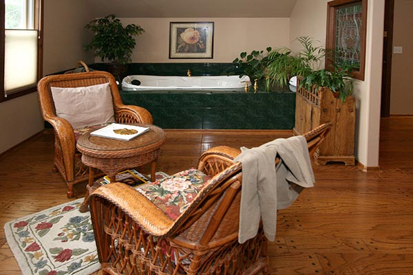Carriage House Tub